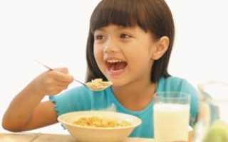Секреты правильного завтрака: чем кормить ребенка утром перед школой