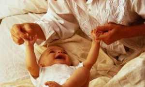 Детский массаж и гимнастика в 9-12 месяцев. комплекс упражнений
